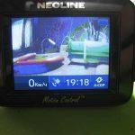 Видеорегистратор Neoline X-cop  9100 полосы на экране, изображение искажено.